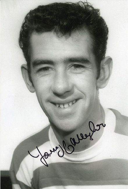 Tommy Callaghan, Glasgow Celtic, signed 12x8 inch photo.